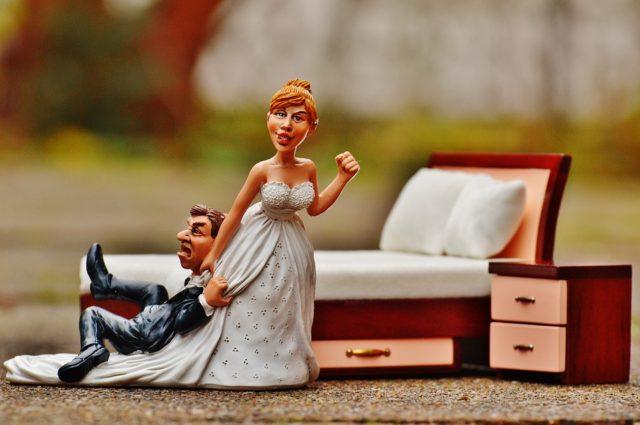 浮気する男 行動 結婚