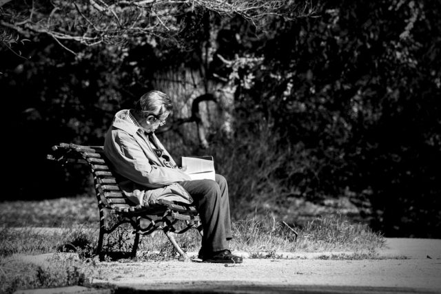 寂しさを紛らわす方法 男性
